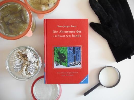 Die Abenteuer der schwarzen hand von Hans Jürgen Press.JPG