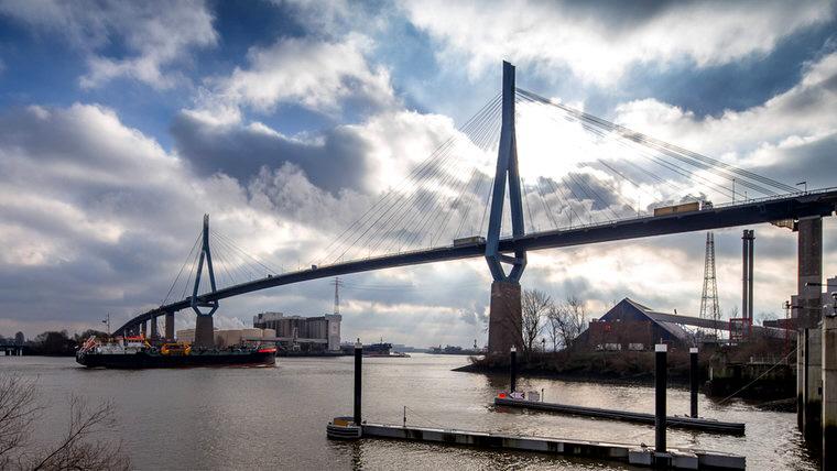 Köhlbrandbrücke Hamburg.jpg