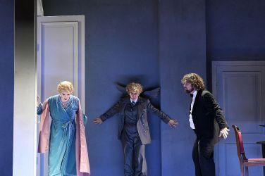 Stadttheater Bremerhaven. HOFFMANNS ERZAEHLUNGEN - Foto Heiko Sandelmann (6)